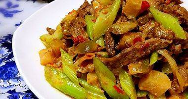 (首发)榨菜西芹牛柳—乌江榨菜